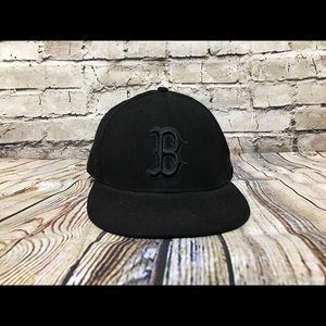 Boston Red New Era Fitted Black Hat Size 7 1/8